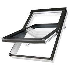 Dřevěná okna se zvýšenou osou otáčení FYU-V U3 proSky FAKRO